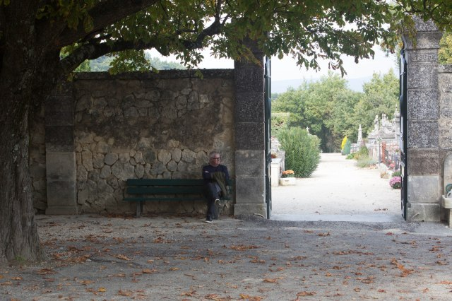 Menerbes Cemetery